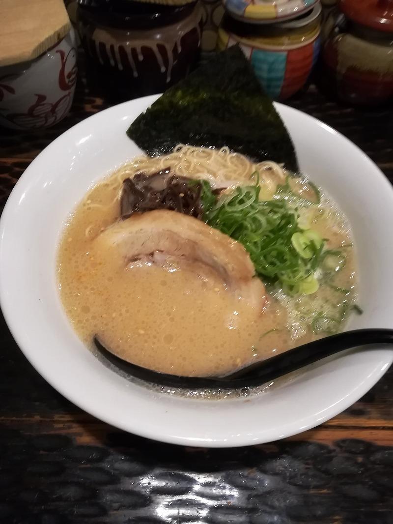 博多ラーメン 琥家(こや) 奥田店(岡山県岡山市)